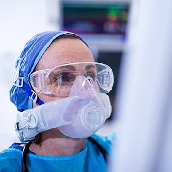 Tight-fitting PAPR (CleanSpace Halo) | Health Care Workers Australia